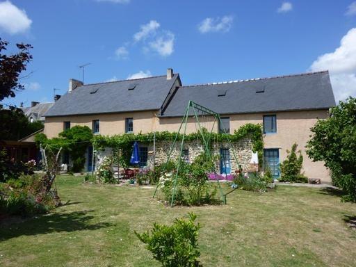Sale house / villa Quettreville sur sienne 139000€ - Picture 1