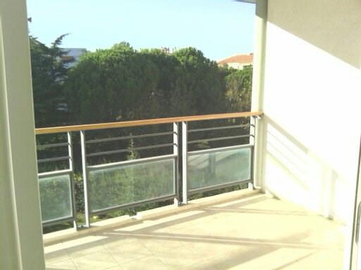 Location appartement Frejus 740€ CC - Photo 1