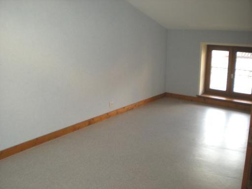 Location appartement Villefranche sur saone 598€ CC - Photo 2