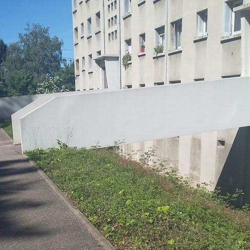 Sale apartment Oullins 135000€ - Picture 1