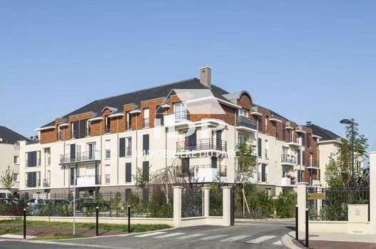 Sale apartment Saint-pierre-du-perray 187000€ - Picture 1