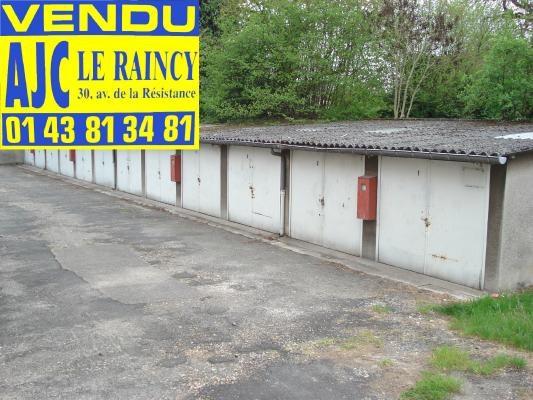 Sale site Sevran 242000€ - Picture 1