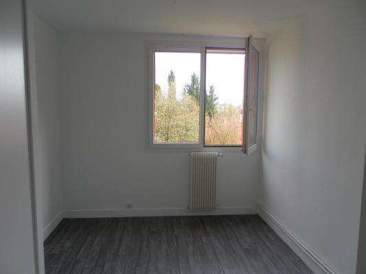 Rental apartment Le raincy 1190€ CC - Picture 5