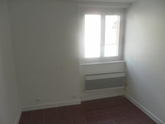 Location appartement Livry-gargan 490€ CC - Photo 4