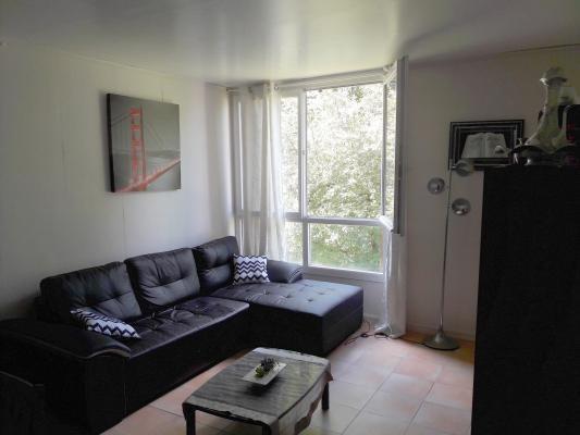 Sale apartment Livry-gargan 157000€ - Picture 2