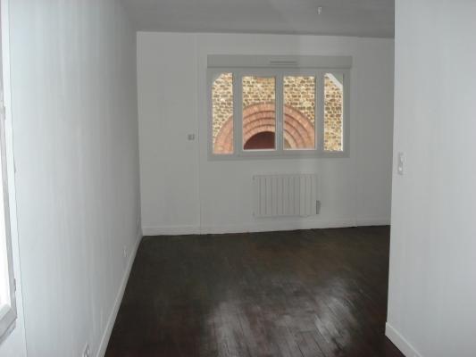 Location appartement Rosny-sous-bois 570€ CC - Photo 2