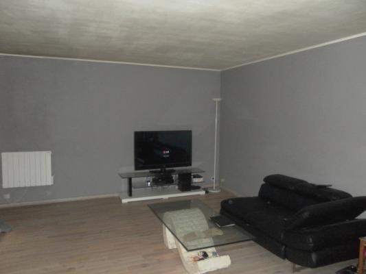 Vente appartement Clichy-sous-bois 157000€ - Photo 2