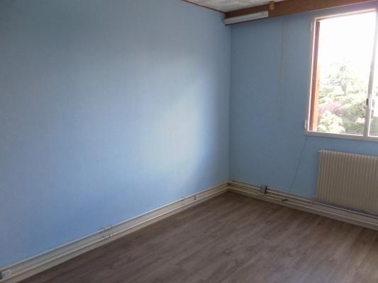 Sale apartment Le raincy 175000€ - Picture 5