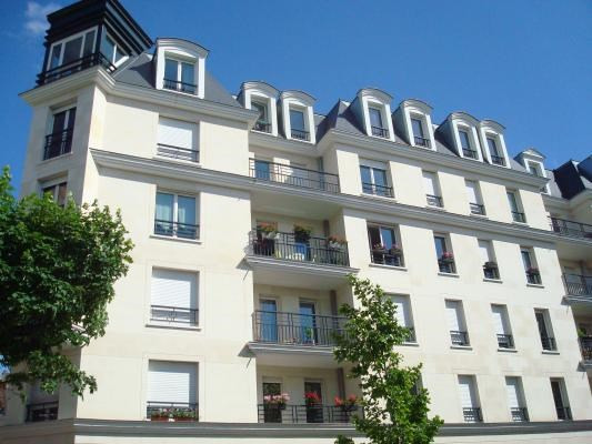 Rental apartment Le raincy 665€ CC - Picture 1