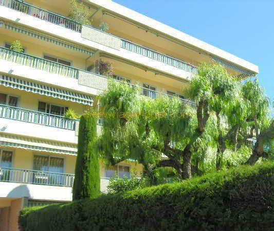 Life annuity apartment Antibes 99 000€ - Picture 1