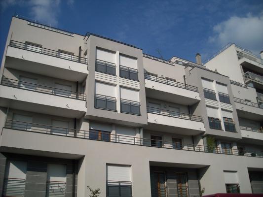 Rental apartment Villemomble 865€ CC - Picture 1