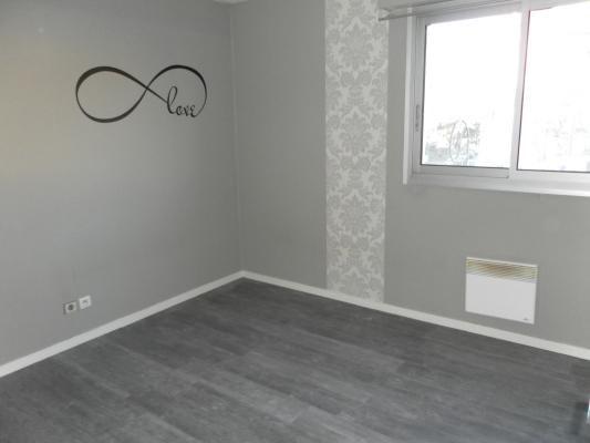 Rental apartment Les pavillons-sous-bois 750€ CC - Picture 5