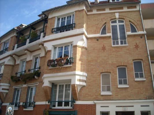 Location appartement Le raincy 1600€ CC - Photo 1