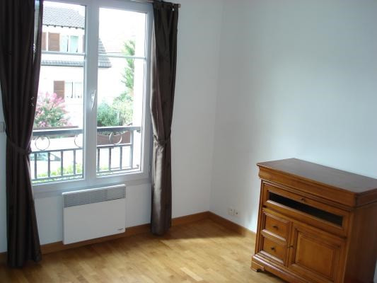 Rental apartment Livry-gargan 850€ CC - Picture 4