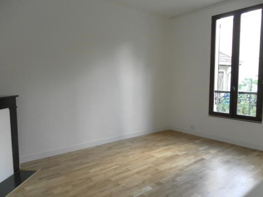 Sale apartment Gagny 139 000€ - Picture 2
