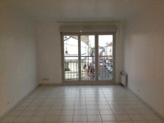 Location appartement Le raincy 1 190€ CC - Photo 2