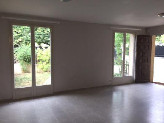 Location maison / villa Clichy-sous-bois 1170€ CC - Photo 2
