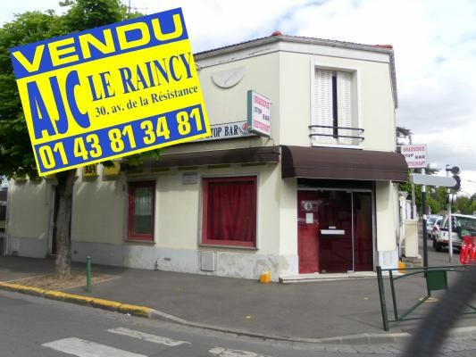 Sale building Le raincy 350 000€ - Picture 1