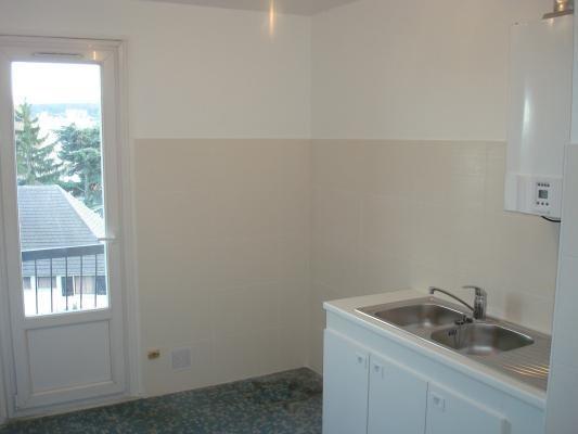 Rental apartment Livry-gargan 890€ CC - Picture 5