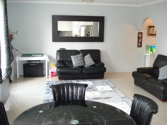 Sale apartment Le raincy 263000€ - Picture 3