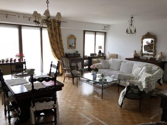 Sale apartment Villemomble 220000€ - Picture 1