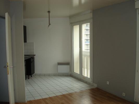 Rental apartment Villemomble 590€ CC - Picture 2