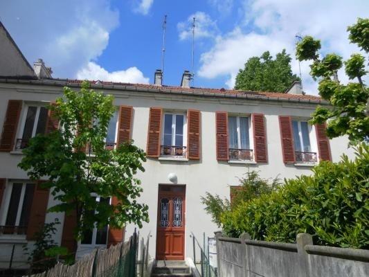 Location appartement Villemomble 995€ CC - Photo 1