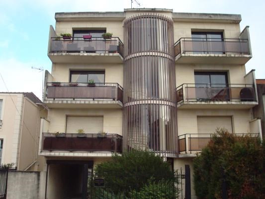 Rental apartment Livry-gargan 1 000€ CC - Picture 1