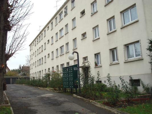 Location appartement Villemomble 615€ CC - Photo 1