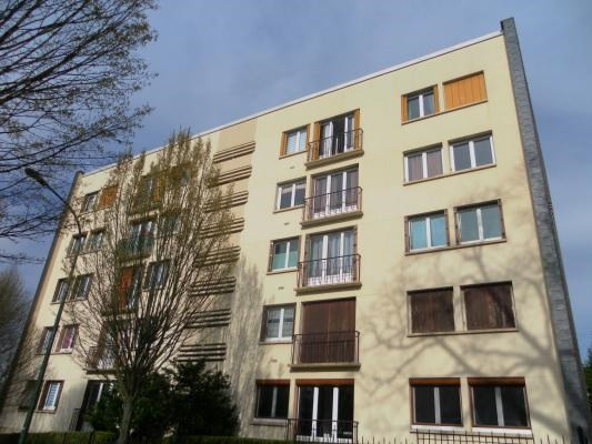Rental apartment Le raincy 1190€ CC - Picture 1