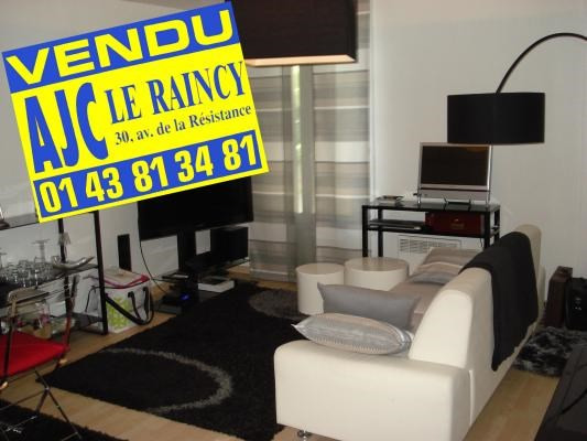 Sale apartment Le raincy 157 000€ - Picture 1