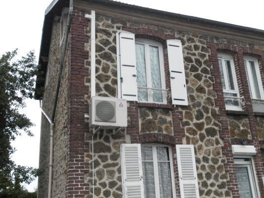 Location appartement Les pavillons-sous-bois 900€ CC - Photo 1
