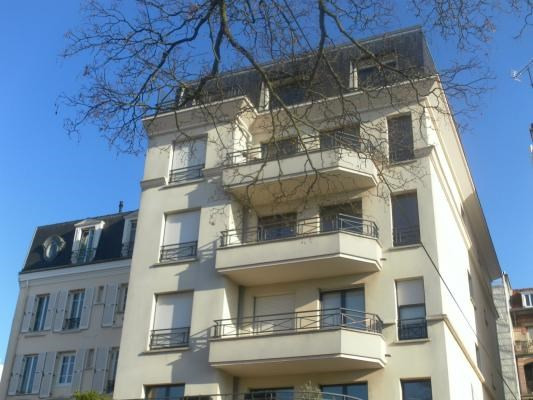 Sale apartment Le raincy 364000€ - Picture 1