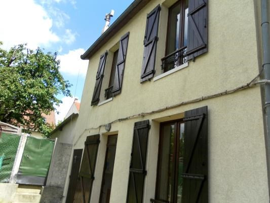Sale apartment Gagny 145 000€ - Picture 1