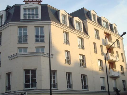 Location appartement Le raincy 665€ CC - Photo 1