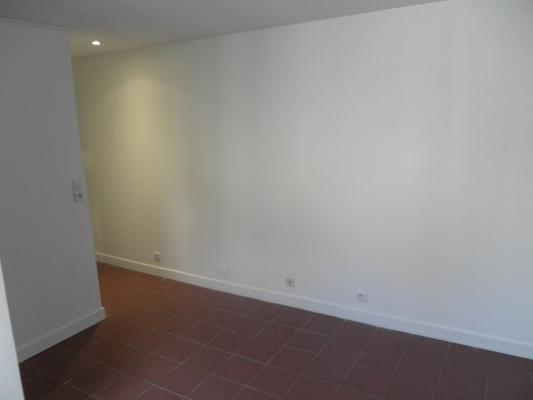 Location appartement Livry-gargan 490€ CC - Photo 1