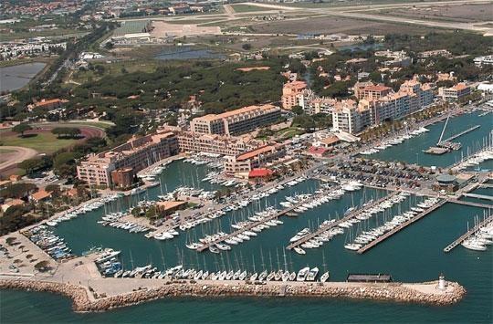Sale apartment Hyères les palmiers 312000€ - Picture 1
