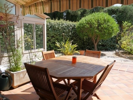 Vacation rental apartment Bandol 585€ - Picture 1