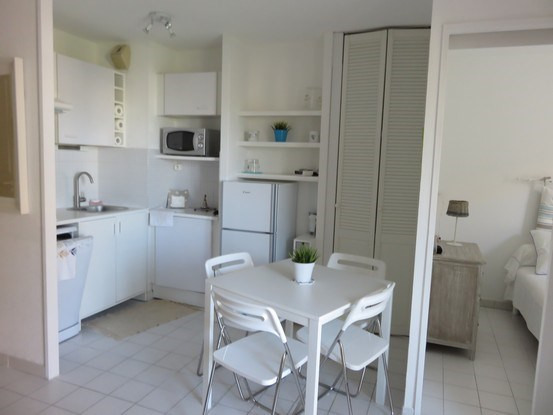Vacation rental apartment Bandol 725€ - Picture 6