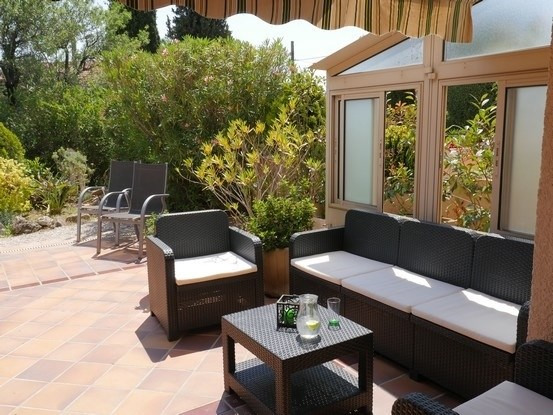 Vacation rental apartment Bandol 585€ - Picture 2