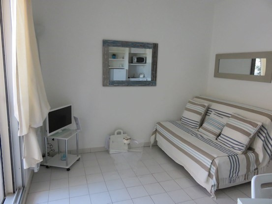 Vacation rental apartment Bandol 725€ - Picture 7