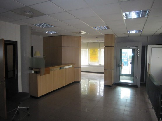 Rental office Strasbourg 1 800€ CC - Picture 1