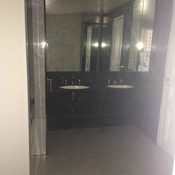 Rental apartment Paris 8ème 4850€ CC - Picture 4