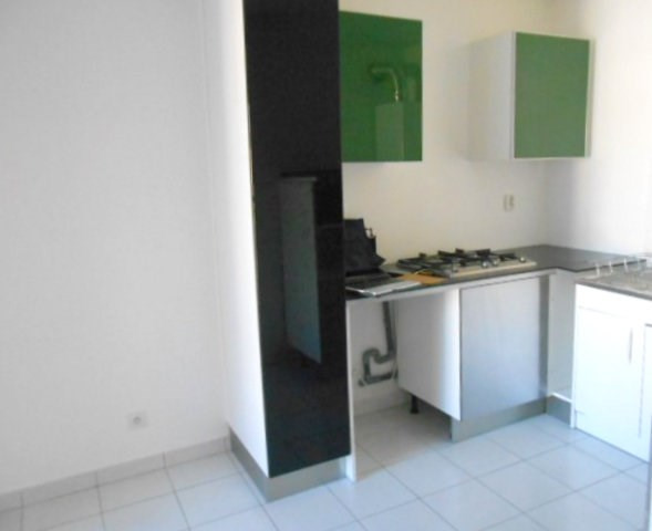 Rental apartment Caluire et cuire 962€ CC - Picture 4