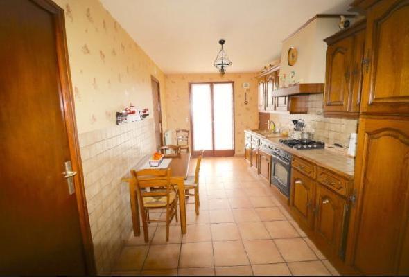 Sale house / villa Clichy-sous-bois 298000€ - Picture 6