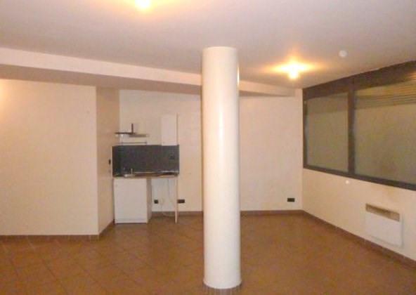 Rental apartment Lyon 8ème 490€ CC - Picture 2