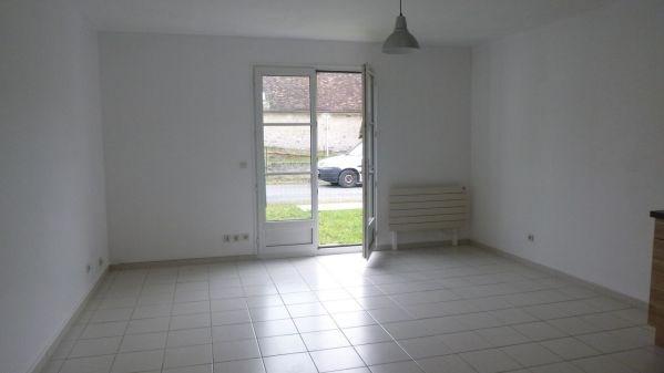 Rental apartment Boinveau - bouray 765€ CC - Picture 3