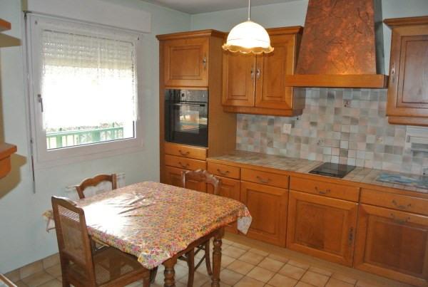 Rental apartment Saint romain de jalionas 685€ CC - Picture 2