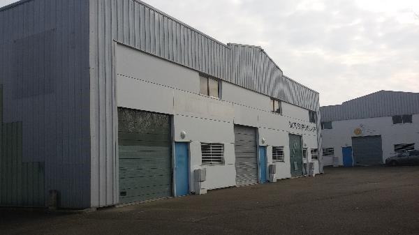 Location Local d'activités / Entrepôt Ennery 0