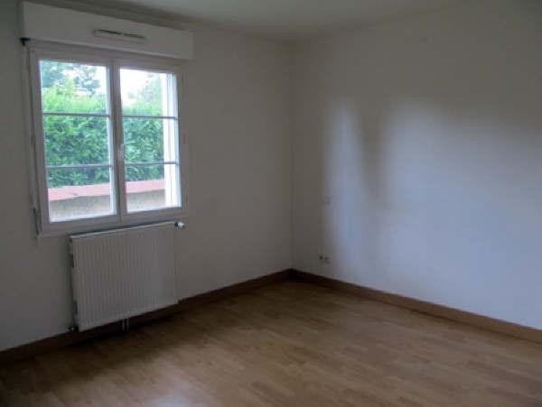 Rental house / villa Conches en ouche 746€ CC - Picture 3